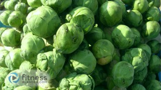 Best Brussel Sprouts Recipes - Crispy Peppered Brussels Sprouts & Garlic Baked