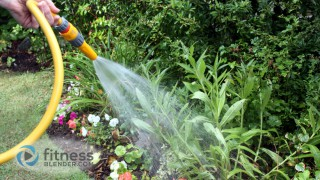 How Many Calories Does Gardening Burn? Calories Burned Gardening