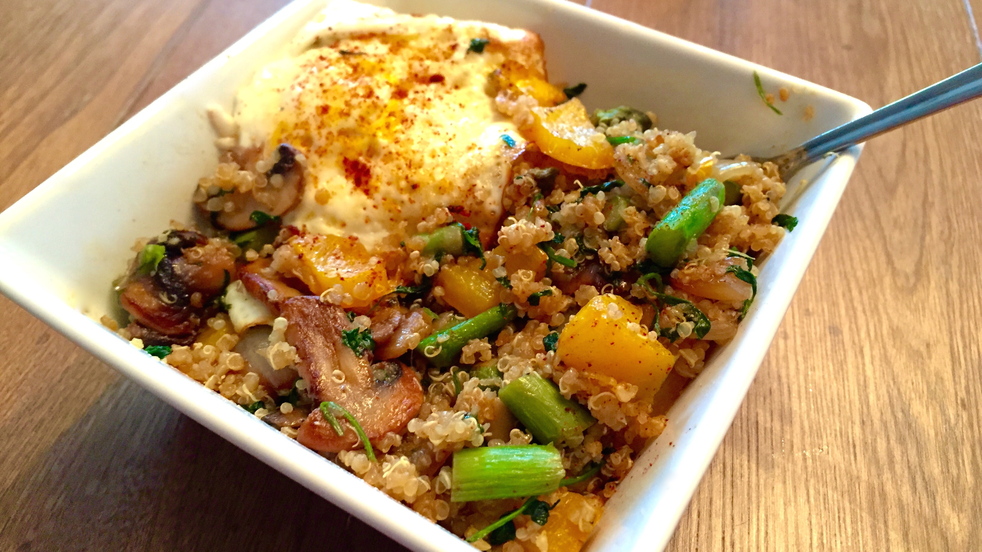Quinoa and veggies filling whole food recipe fitness for Cuisine quinoa